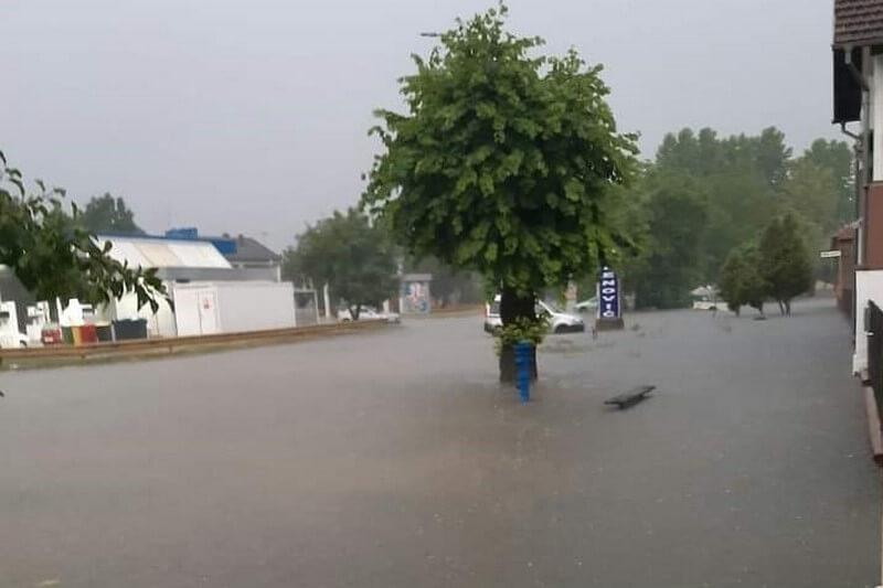 Situacija se u Županji normalizira nakon sinoćnjeg potopa