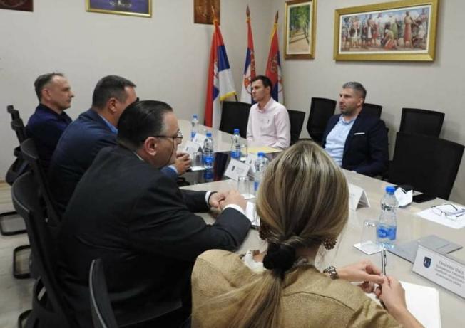 U ŠIDU SE SASTALI ČELNICI OPĆINA DRENOVCI I ŠID - Republika Srbija uputit će službeni zahtjev za otvaranje novog graničnog prijelaza Račinovci-Jamena