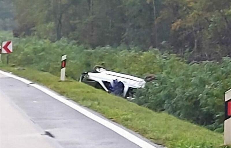 Između Vrbanje i Otoka poginuo 61-godišnji vozač osobnog automobila