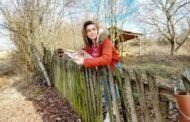 Katarina, djevojka iz Šiškovaca, priprema zbirku zavičajnih lirskih priča