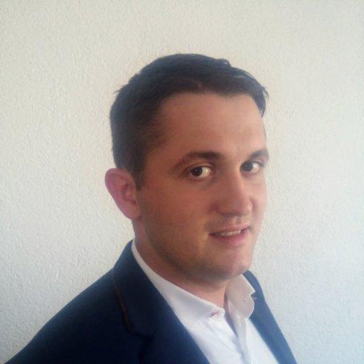 Stjepan Gašparović (28) iz RESTART-a radi kao pravnik, ali i poljoprivrednik na obiteljskom OPG-u