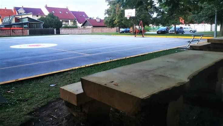 RADNA AKCIJA VRIJEDNIH ČLANOVA KOŠARKAŠKOG KLUBA ŽUPANJA: Uređeno igralište opet okuplja djecu i mlade