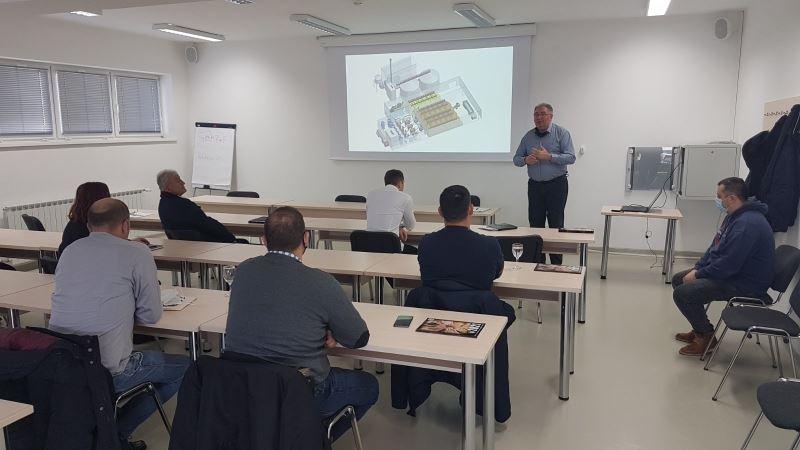Drenovci: Proizvođačima predstavljen projekt izgradnje prvog Centra za preradu GMO free soje u Hrvatskoj