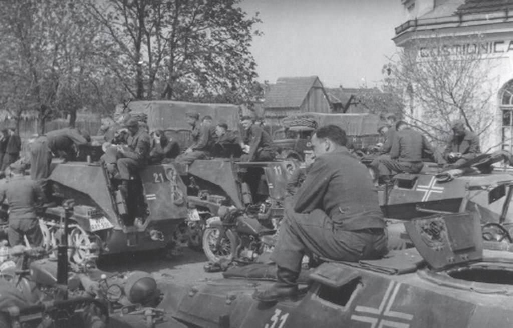 Zločini Jugo-vojske u Travnju 1941.